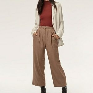 Aritzia Aurel cropped high wasited pleated trouser